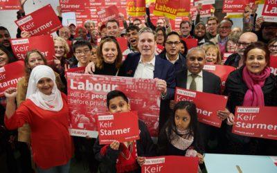 Nyvalgte Keir Starmer skal lede Labour i en tøff kamp